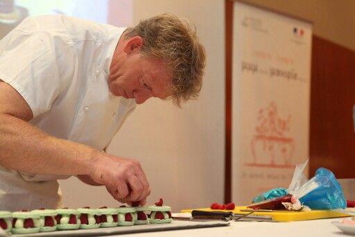 Gilles Marchal en pleine création. Juin 2012