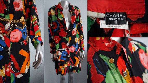 Hello I offer 100% authentic vintage CHANEL BOUTIQUE silk tunic/dress  vintage 80/90 emazing print-roses, CHANEL, CC logo. Tunic, shirt and dress in one. Can be worn in different ways. 9 of logged buttons of which 4 from top to unbutton. Additional 2 buttons at the collar and sleeves 100% silk size-no tag i think oversze XS-XL used in excellent condition dimensions total length 93cm width bust 63cm width waist 63cm length sleeve 53cm  very beautiful and rare item  If you have any qu...