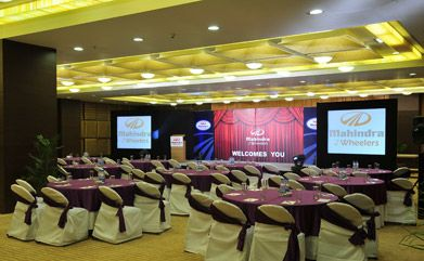 Cambay Smart Conference comprises of an impressive set of facilities such as:  #Conference #meetingroom http://bit.ly/1utX0vd