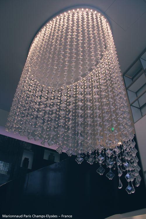 For this unique make up shop in Paris, a special #BotanicRain suspension. #Design Ross Lovegrove