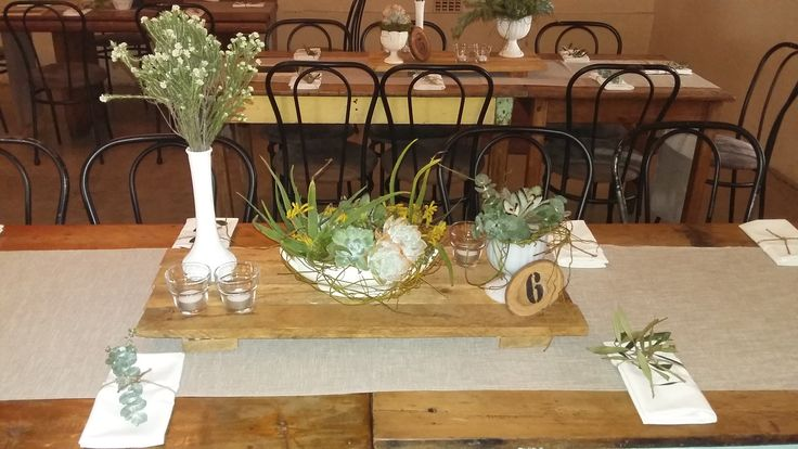 Rustic all natural centrepieces