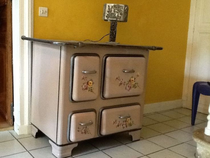 27 best cuisiniere bois images on pinterest firewood wood stoves and antique stove. Black Bedroom Furniture Sets. Home Design Ideas