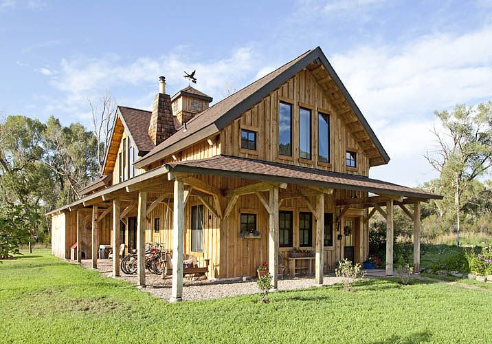 Wood horse barn homes media gallery featured projects for Post beam barn plans
