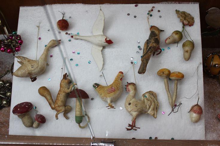 Советские ватные елочные игрушки 30-х годов ХХ века (из собрания музея елочной игрушки в Нижнем Новгороде, Россия)