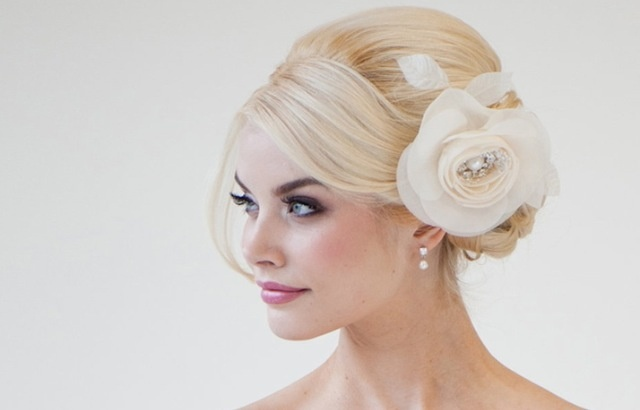 How pretty would this hair be for a wedding?!