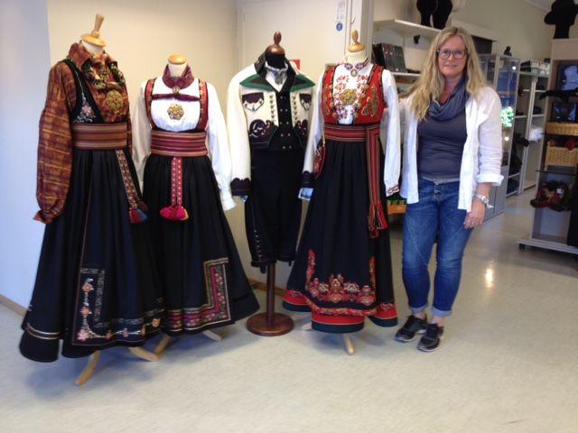 Tove Karin Haugen tar seg av den daglige driften hos Almankås Bø i Telemark