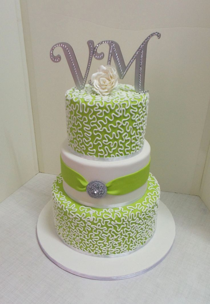 pictures of lime green wedding cakes lime green silver and white wedding cake white wedding 18409