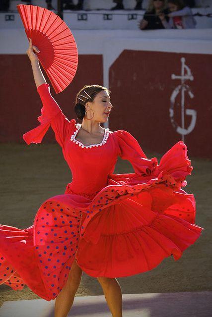 Flamenca en plaza de toros