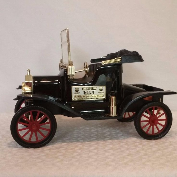 1974 Jim Beam Black Ford Model T Decanter Regal China