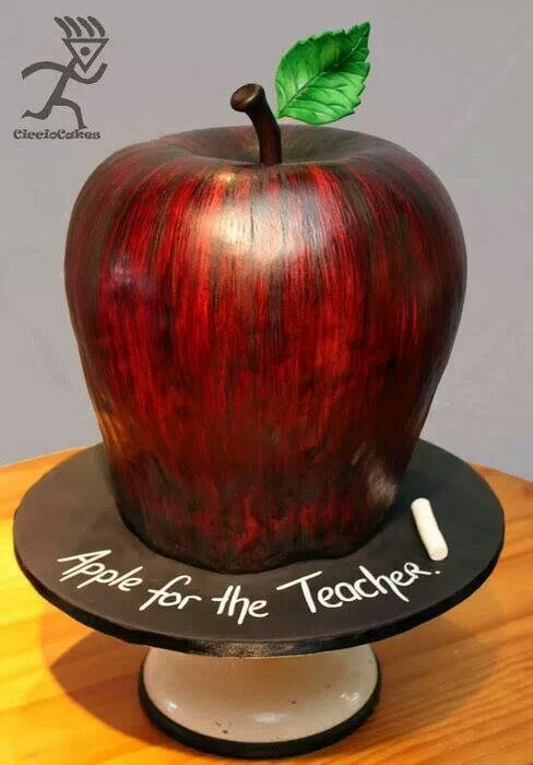 Awesome Apple Cake Art
