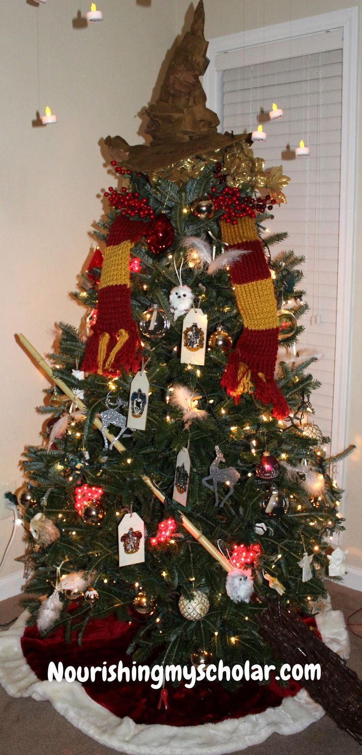 Best 25 harry potter christmas tree ideas on pinterest for Decoration harry potter