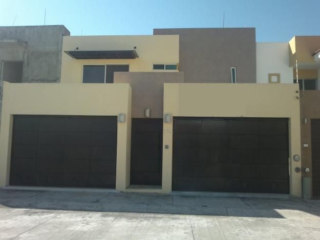 Fachadas casas modernas estilo racional pinterest for Casa con garage laterale