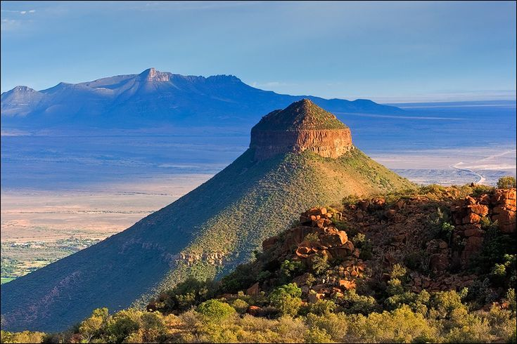 Graaff-Reinet, the Gem of the Karoo is home to Spandau Kop & the Valley of Desolation within the Camdeboo National Park. A must for all who visit South Africa. Come & explore the Karoo - Come & visit my hometown - Graaff-Reinet. http://www.camdeboocottages.co.za/index.php/about #Travel #EasternCape #Karoo #VisitSA #SouthAfrica #ProudlySA #ILoveMyCountry Karoo, South Africa