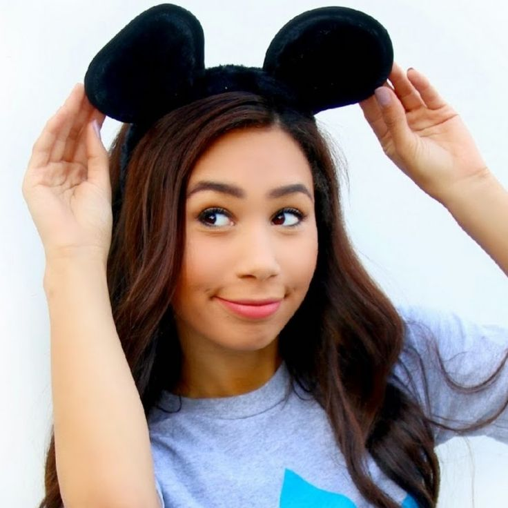 Mylifeaseva is a great youtuber she's funny and takes amazing videos that are fun to watch!! She also has great lighting and video quality! I totally prefer her if your looking for a new and bright youtuber!!