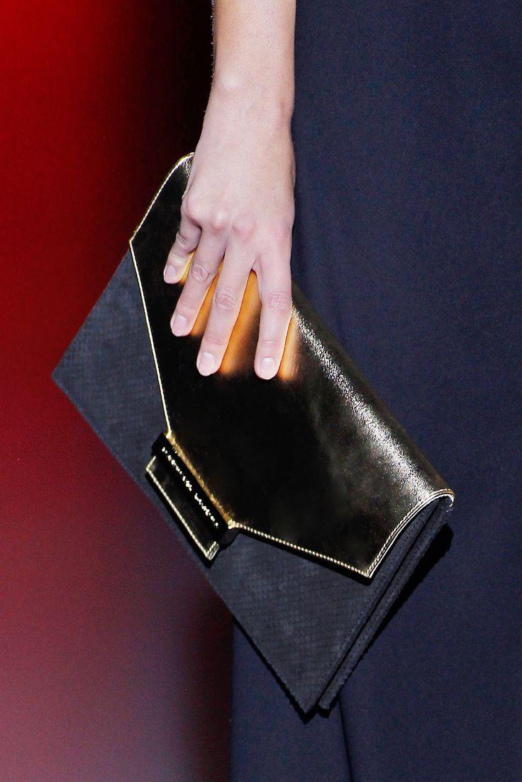 Colección Goldenmille de Hannibal Laguna presentada en Mercedes-Benz Fashion Week Madrid  #HannibalLaguna #bolsos