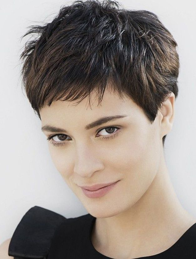 17 Best ideas about Coupe Cheveux Tres Court on Pinterest | Coupe ...
