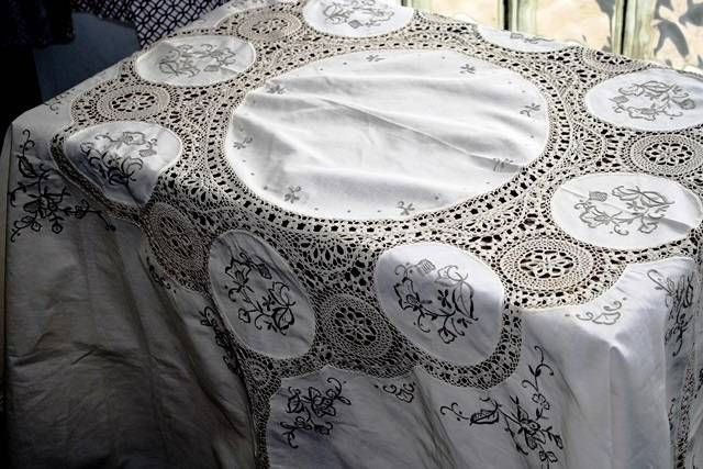 Macrame Tablecloth and Napkins Set - Tarnished Royalty