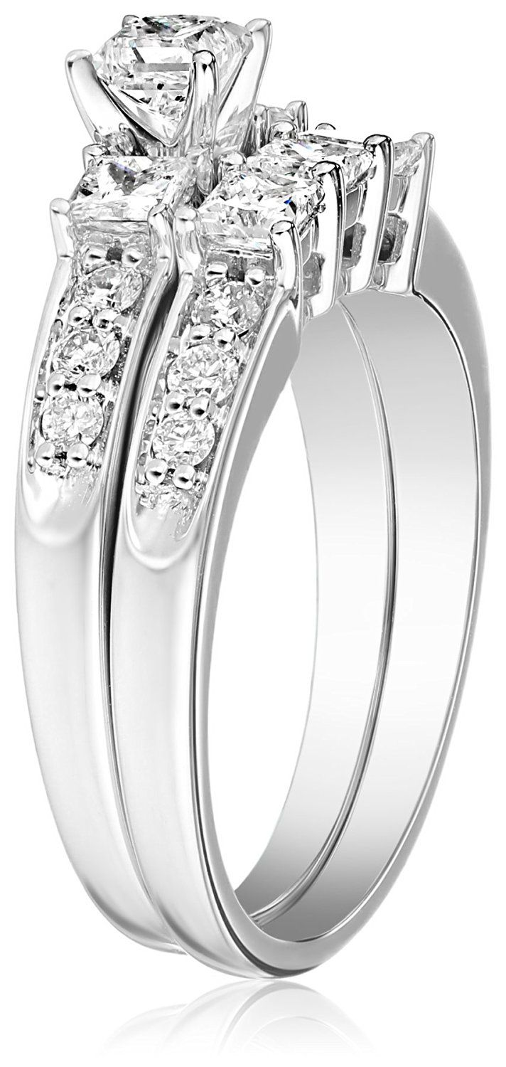 Cute Wedding Ring! 14k White Gold Bridal Set Featuring Engagement Ring With  Three Glistening Princess