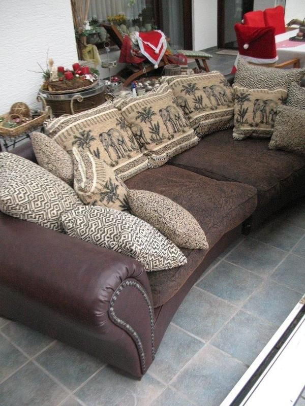 Megasofa Im Kolonialstil Afrika Style In 2020 Modern Couch Couch Best Sofa
