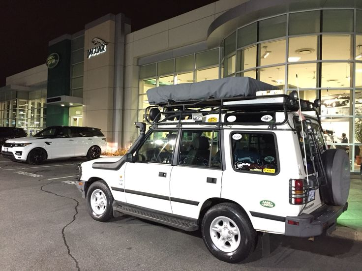 Land Rover old'ish meets new