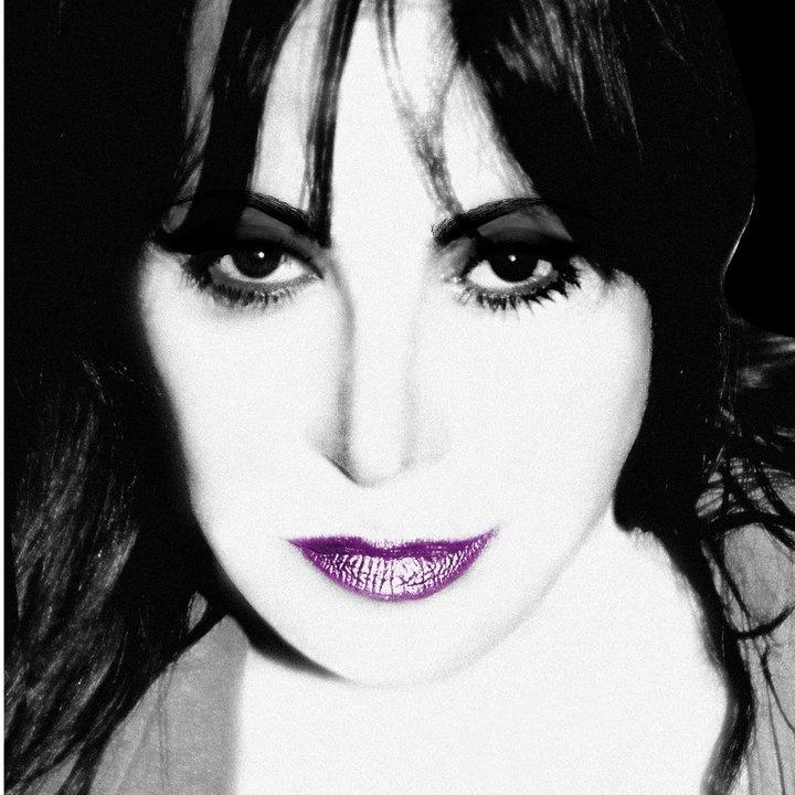 Viola Valentino, cantante, Canzo (CO)