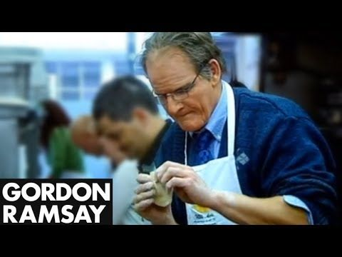 Gordon Ramsay road tests Aldo Zilli's cookery course under cover and fools him. From the Cookalong Live show. Subscribe Here: http://www.youtube.com/subscrip...