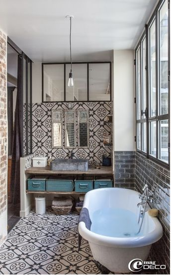 Sanctuary: Details from a Parisian loft - bathroom