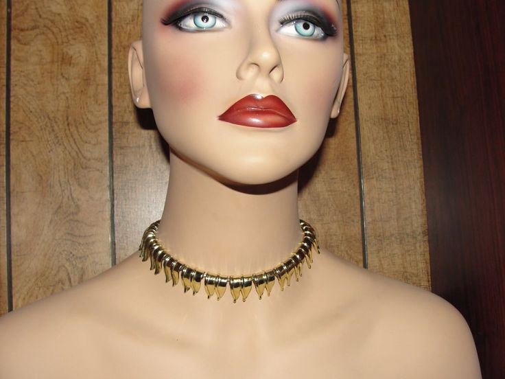 Gold Choker Necklace  Adjustable Size Vintage Great Condition #Unknown