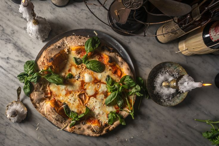 From thin-and-crackly Neapolitan to mozzarella-oozing thick crust, this is the best Brooklyn pizza in NYC.
