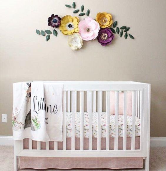 Flores de papel para decoraci n de habitaciones de ni a for Decoracion paredes habitacion bebe nina