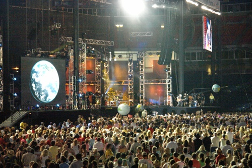 2008 CMA Fest is one of the best things I've ever done!
