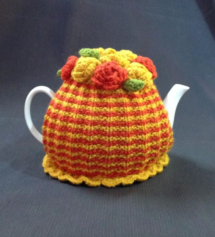 Teapot cosy hand knitted in pure wool by shezware on Etsy