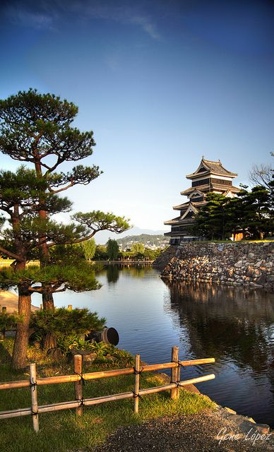 Matsumoto Castle, #Nagano, #Japan www.romesuiterome.com #Travel news: twitter.com/romesuiterome facebook.com/romesuiterome17