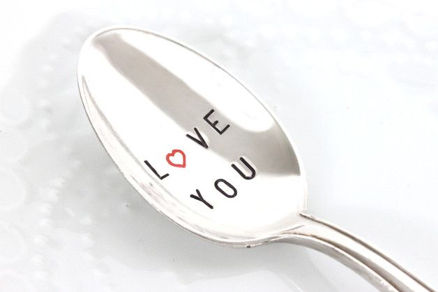 "Valentinstags-Löffel mit ""Love You"" Gravur/ ""Love You"" spoon made by theartofvariety bei DaWanda"