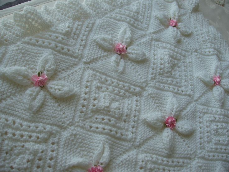 puericulture-couverture-bebe-tricot-main-blanch-4066189-002-6-02efb_big.jpg (1440×1080)