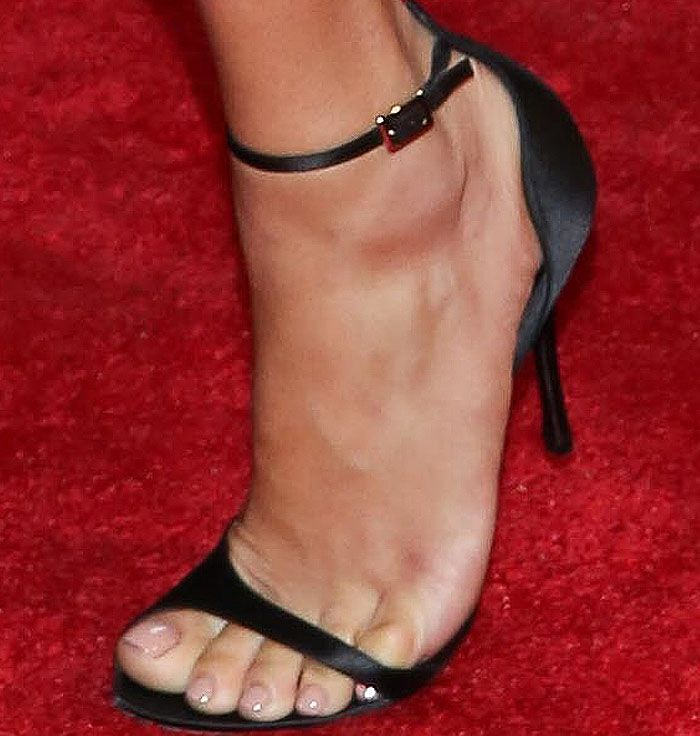 Adriana Lima in Roger Vivier 'Sin' Leather Sandals
