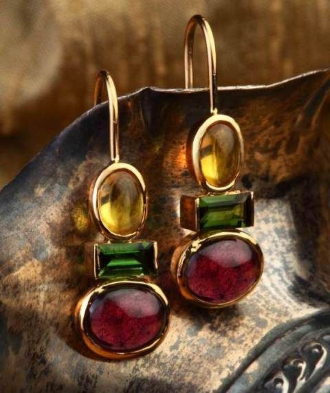 Buy Color riot hook earrings Online | Gehna Chennai