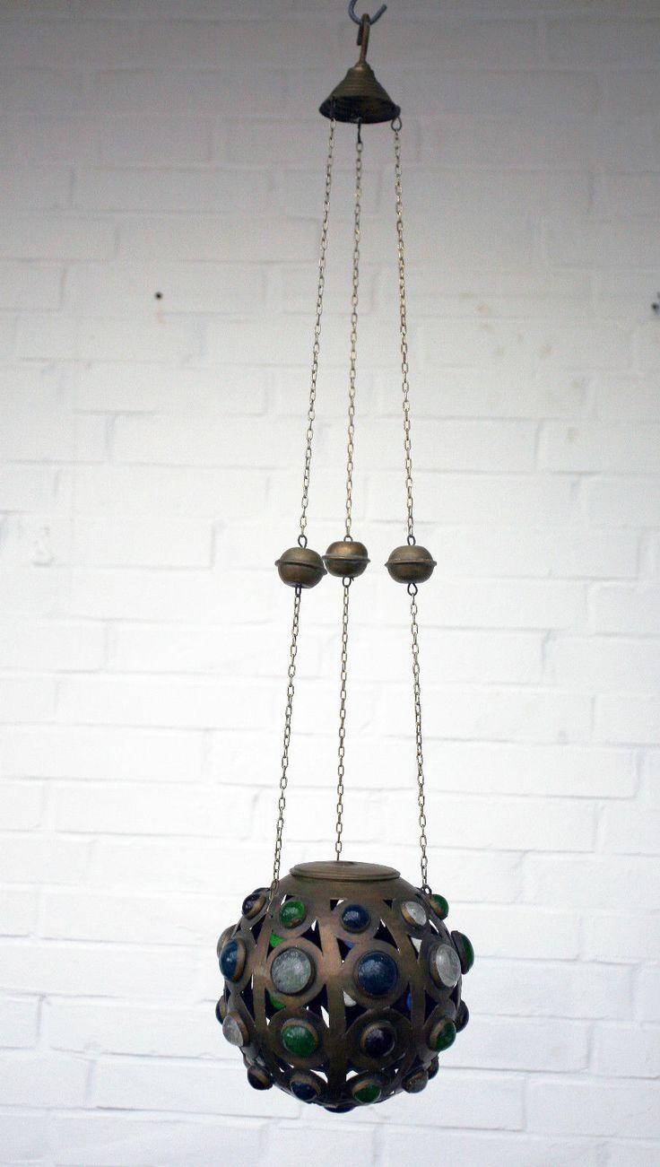 http://www.ebay.de/itm/Jugendstil-Ewiges-Licht-Messing-Buntglas-Um-1890-1900-Buckelglas-/222279345934?hash=item33c0e1a70e:g:YRQAAOSwNRdX~imW  EUR 280,00
