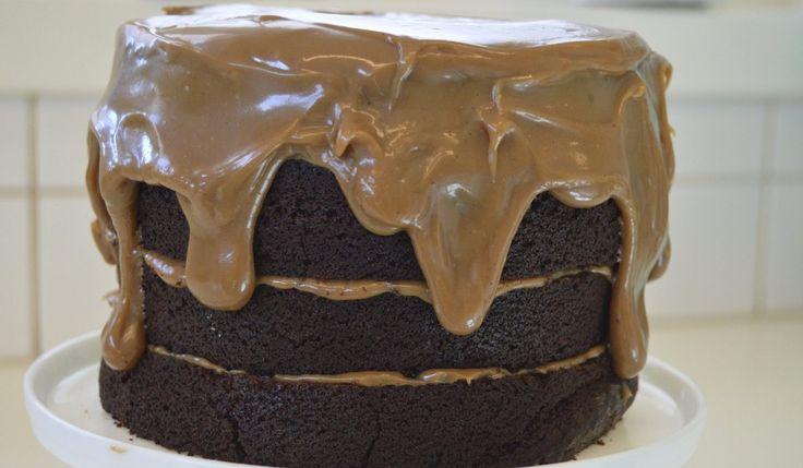 MAT: Denne kaken gir alltid gode resultater. Hemmeligheten ligger i selve røren. Sjokoladekaken er laget med olje og kulturmelk, noe som gjør at den…