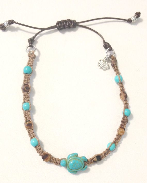 Macrame Turquoise Turtle Anklet Handcrafted by DosseyDesigns