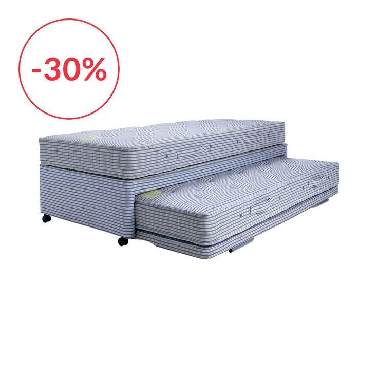 Notre lit Pocket Guest est idéal pour ceux qui ont l'habitude d'accueillir des invités de dernière minute ou pour ceux qui manquent d'espace. Ce lit d'appoint polyvalent (90 cm x 200 cm) dispose d'un deuxième matelas sous le lit principal, ce matelas se verrouille à la même hauteur que le lit principal gràce à un système de deux pieds rétractables. Il devient alors un lit très confortable de 180 cm x 200 cm. Chaque matelas de 20 cm d'épaisseur est composé de plus de 630 ressorts ensachés…