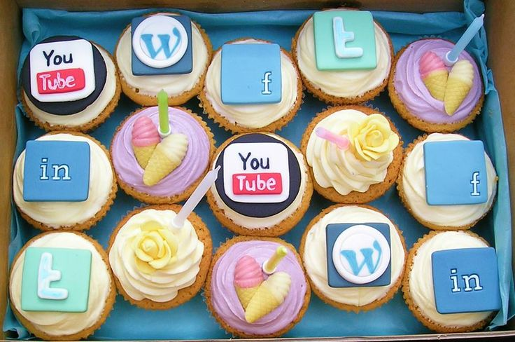 Are you a social media addict? Then celebrate #SocialMediaDay with some pomp & show with these cool #cupcakes! Order them on http://www.flowerzncakez.com/Cake/