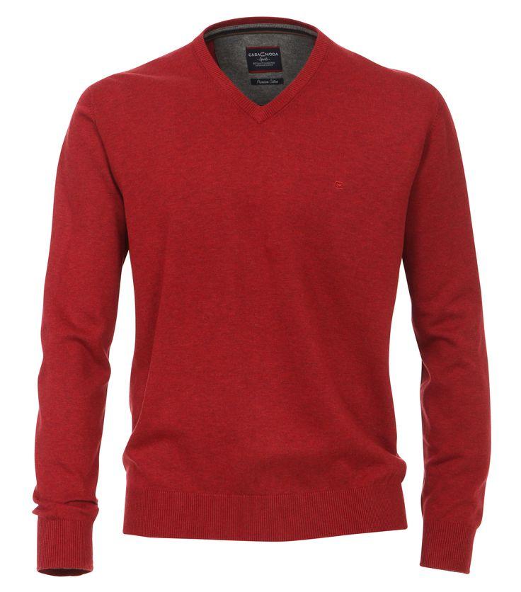 Casa Moda pullover rood Stijlvolle rode pullover met v-hals van het merk Casa Moda. Deze pullover heeft een borduursel van het Casa Moda logo op het linker borst. De binnenkant van de  kraag heeft een contrastuerende band en nek inleg. De v-hals, mouwboorden en onderboord zijn voorzien van een rib breisel. Deze Casa Moda trui is gemaakt van 100% katoen en zal hierdoor  een hoog draagcomfort geven.