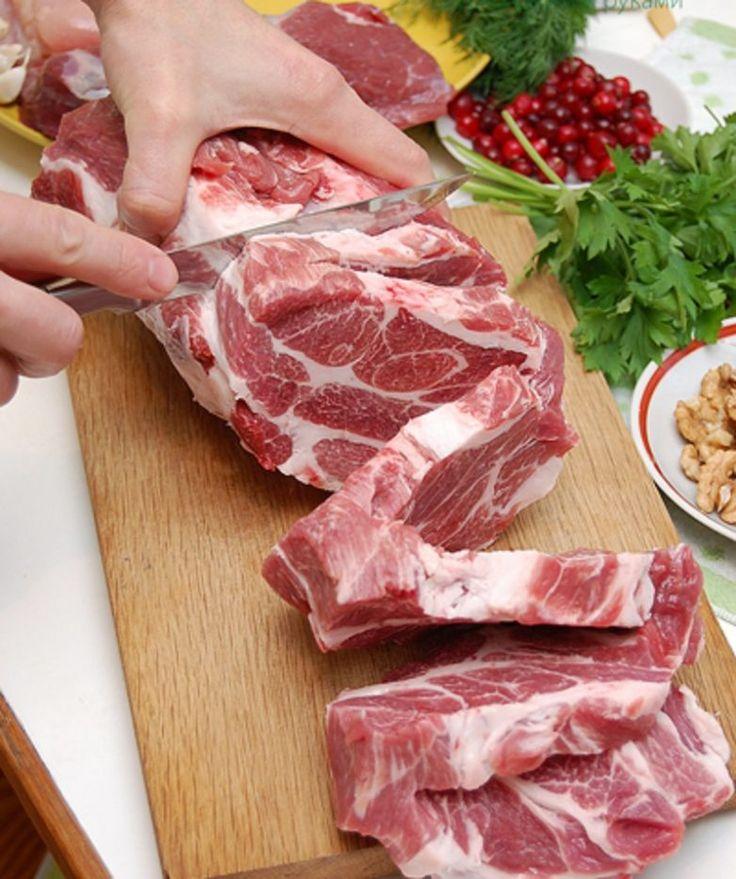 Рецепт необыкновенно вкусной буженины под названием «Мясное ассорти».