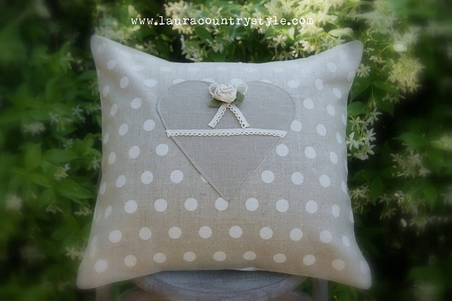 1000+ images about Sewing on Pinterest | Sewing patterns, Pin cushions ...