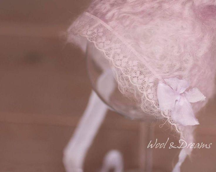 #felted #handdyed #purple #lilac #newbornphotpgraphy #propshop #photography #photoprop #photographyprops #baby #woolanddreams #bonnet #lace #romantic #vintage #felt