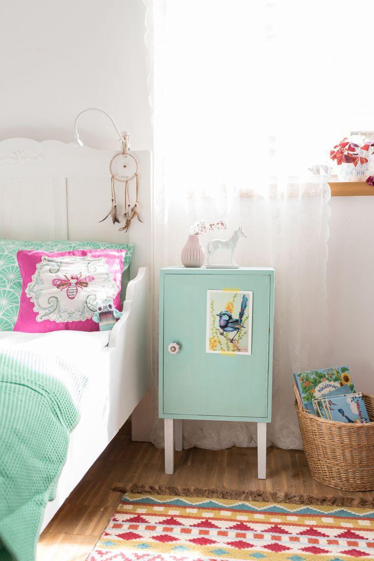ber ideen zu kinderzimmer schrank auf pinterest cd schrank schreibtische und. Black Bedroom Furniture Sets. Home Design Ideas