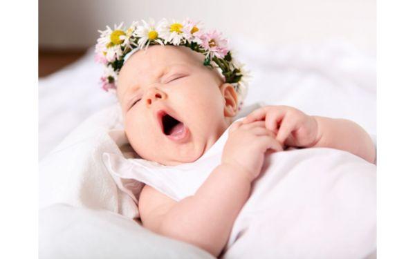 Для некоторых родителей нет вопроса в том, где должен спать ребенок, а именно: отдельно от родителей, в своей кроватке, и, желательно, в другой комнате. Да, конечно, мы стремимся отстоять свои свободы и привычный уклад: иметь покой, комфорт, свободное время. И вместе с тем, ребенок вносит свои существенные поправки в привычный нам образ существования. Пока он маленький и нуждается в особом...