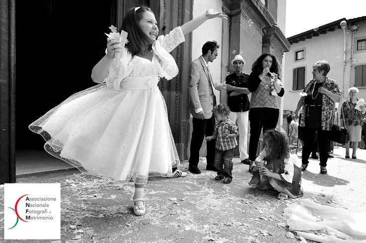 """CONTEST FOTOGRAFIA DI MATRIMONIO """"C32013"""" 12° CLASSIFICATO - CATEGORIA: Bambini"""