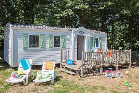 Camping Château la Forêt **** - Un mobil-home http://bougerenfamille.com/les-meilleurs-campings-en-vendee-pour-les-familles/